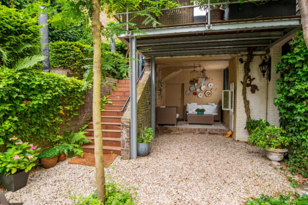 vakantieappartement met mooie tuin